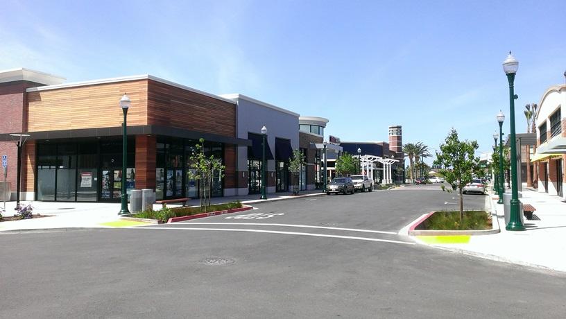 Alameda Landing Retail Center